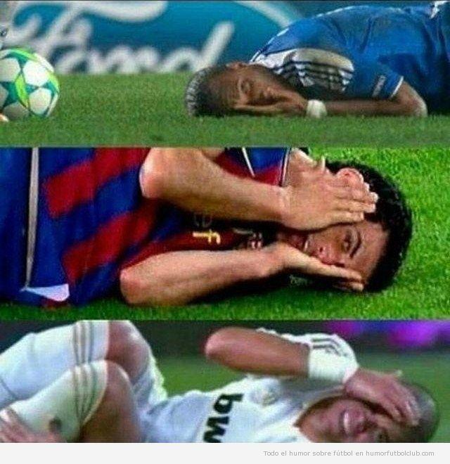 Jugadores de fútbol simulan una falta