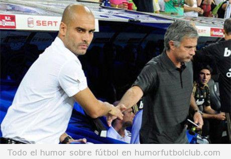 Guardiola y Mourinho se dan la mano sin mirarse