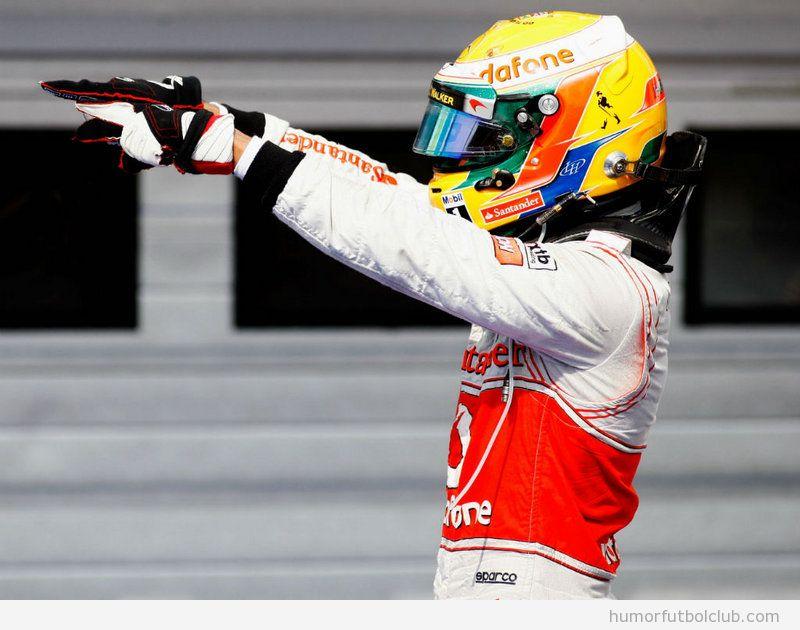 Hamilton celebra su victoria en el Gran Premio Hungría F1 2012
