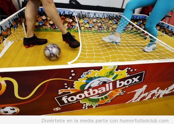 Football box, para jugar a mini ftbol en una caja