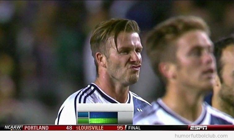 David Beckham haciendo una mueca con la cara está feo