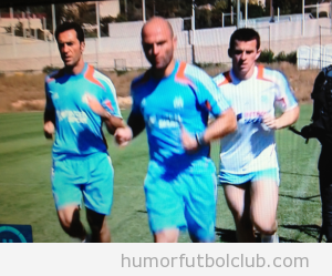 joey-barton-marseille-shorts-pan... 28-Nov-2012 04:48 120k
