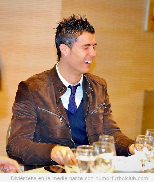 Imagen de Cristiano Ronaldo riéndose como tonto