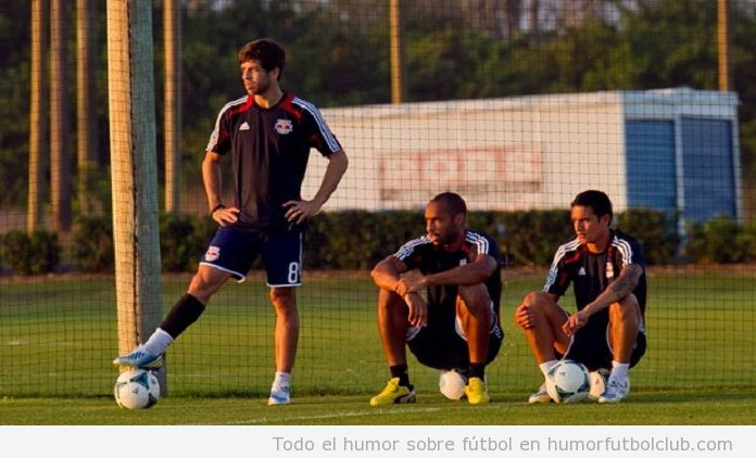 Juninho, Henry y Cahill en el entreno de Red Bull Ny