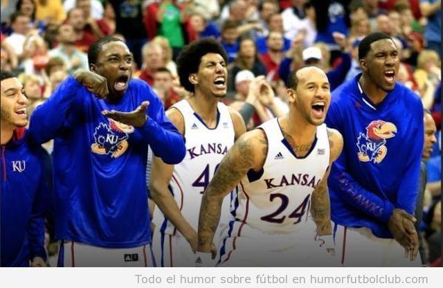 Imagen graciosa de un jugador de basket de Kansas
