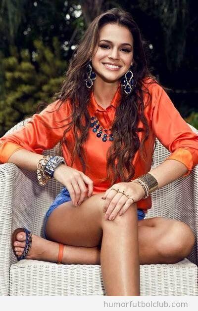 Bruna Marquezine, la guapa actriz brasileña novia de Neymar