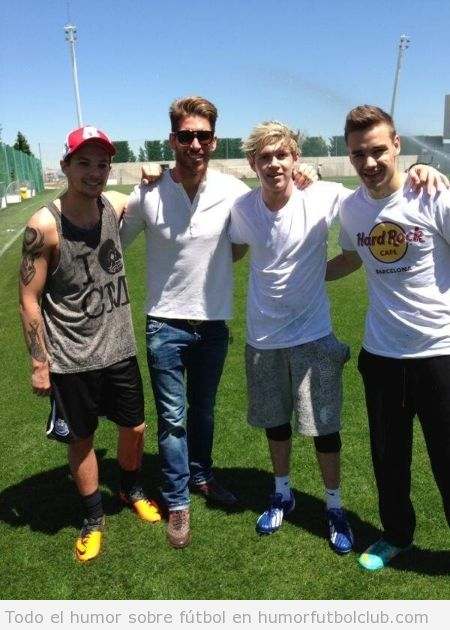 Foto WTF de Sergio Ramos con One Direction