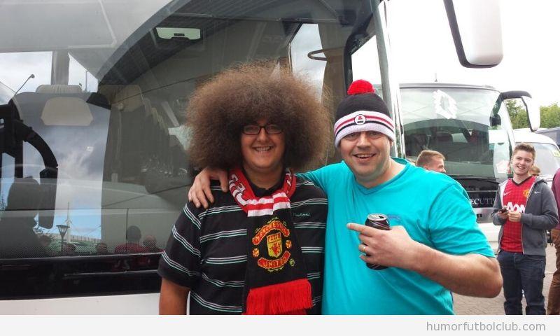 Foto graciosa, aficionadod el MAnchsster United parecido a Fellaini