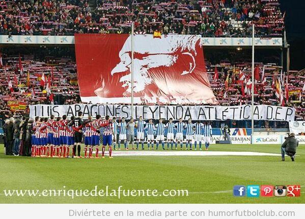 Homenaje afición Atlético Madrid Luis Aragonés