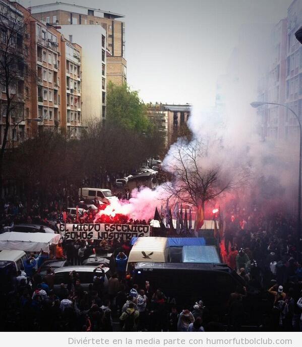 Ultras Real Madrid y Borussia antes del partido de Champions