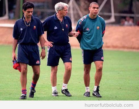 José Mourinho, Bobby Robson y Ronaldo juntos en el Barça