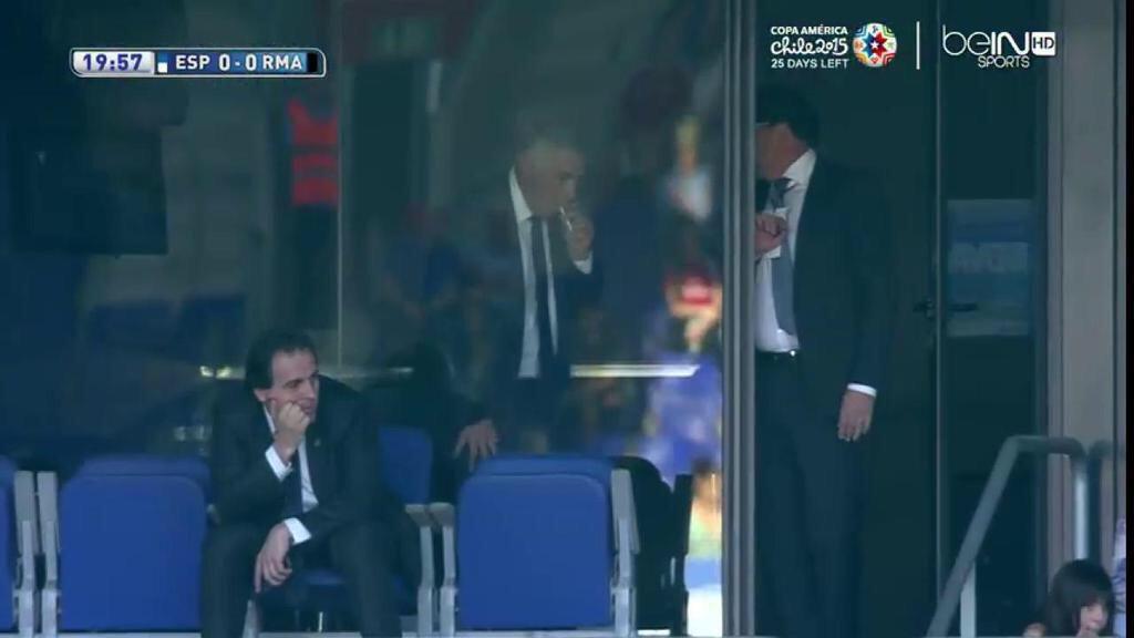 Ancelotti fumando en el Espanyol - Real Madrid