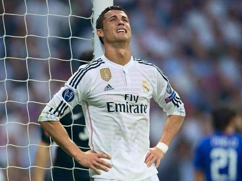 Foto Cristiano Ronaldo llorando tras eliminación Champions