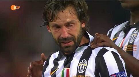 Imagen de Pirlo llorando final Champions League