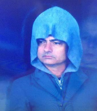 Foto graciosa Mourinho con capucha en el España - Ucrania