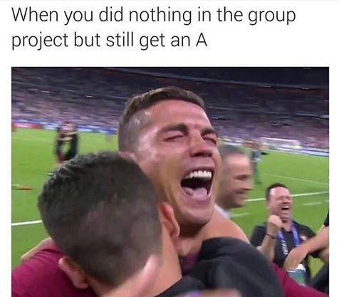 Foto graciosa Cristiano Ronaldo feliz en la final Eurocopa 2016