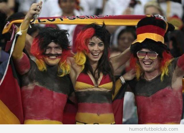 Hinchas graciosos de la selección alemana de fútbol