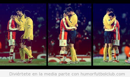 Partido entre el Arsenal y el Barça, Piqué y Cesc Fàbregas se abrazan