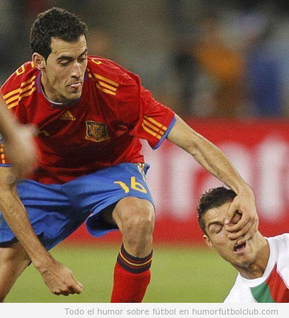 Futbolista selección española le saca un moco a Cristiano Ronaldo con Portugal