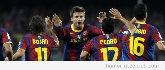 Piqué, Bojan y Pedro del Barça celebrando un gol subidón