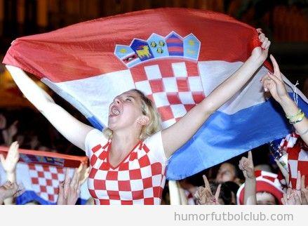 Chica aficionada de Croacia se vuelve loca Eurocopa 2012