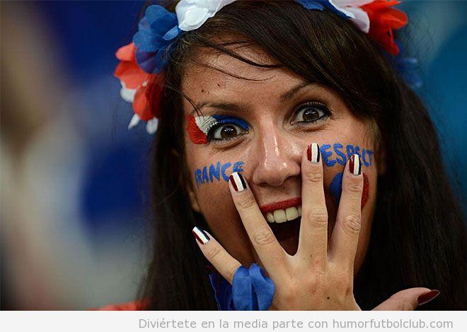 Chica aficionada de Francia con cara de sorpresa Eurocopa 2012