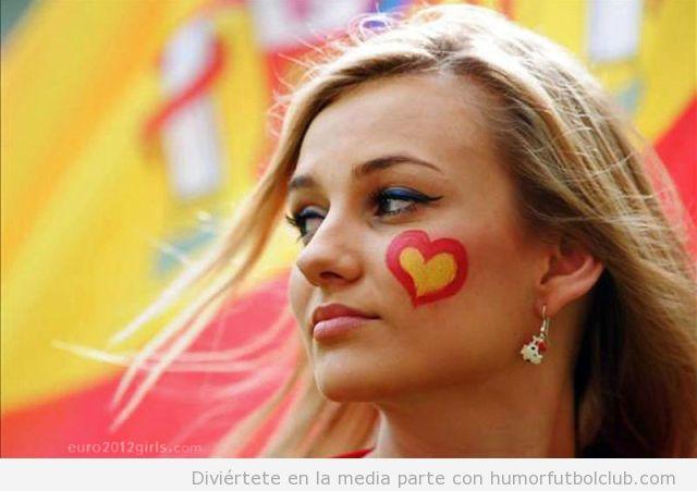 Aficionada española guapa y sexy en la Eurocopa 2012