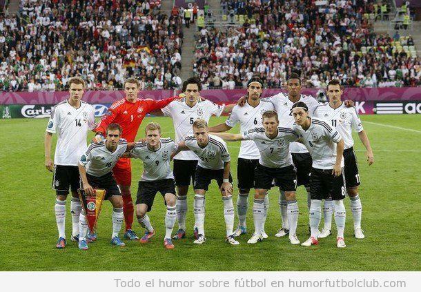 Foto graciosa de equipo de la selección alemana Eurocopa 2012
