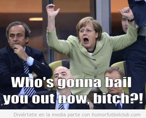 Angela Merkel celebra con euforia el gol de Alemania ante Grecia en la Eurocopa 2012