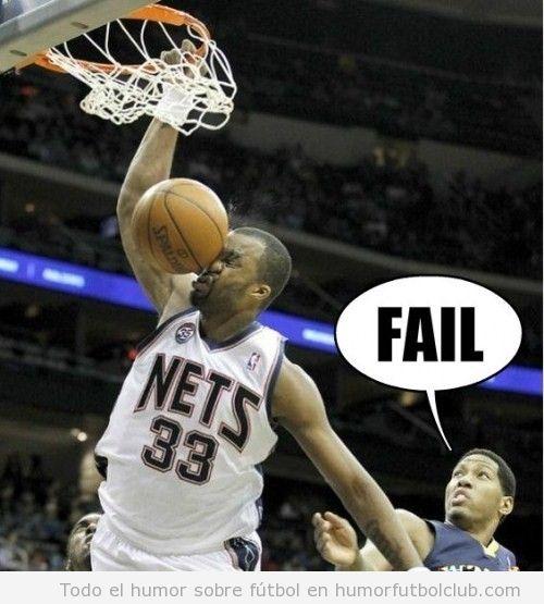 Fail en un mate de baloncesto