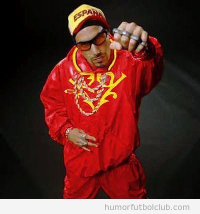 Rapero ALi G con el chándal del uniforme de España en los Juegos Olímpicos 2012