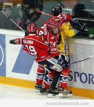 Tren sexual de unos jugadores de hockey hielo
