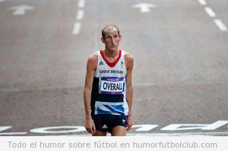 Scott Overall llegando solo a la meta en maratón, JJOO 2012