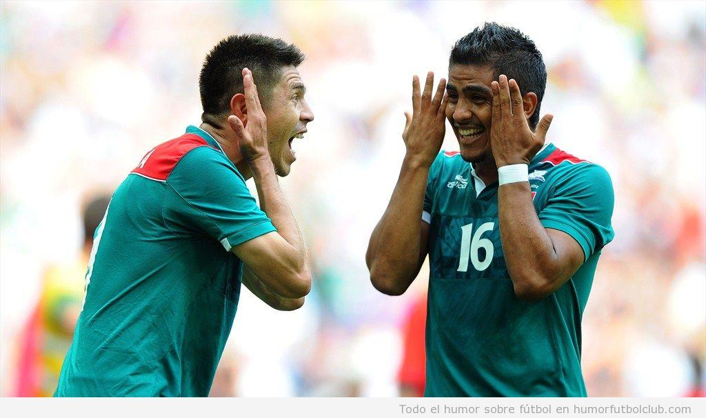 Celebración graciosa del gol de Mexico a Brasil en la final Juegos Olímpicos 2012