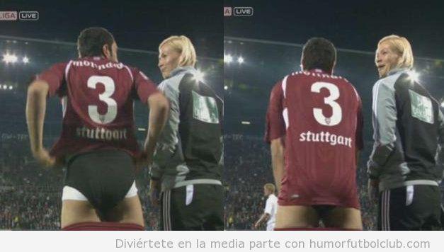 El futbolista Cristiano Molinaro con pantalones bajado y la mujer árbitro Bibi Steinhaus riéndose
