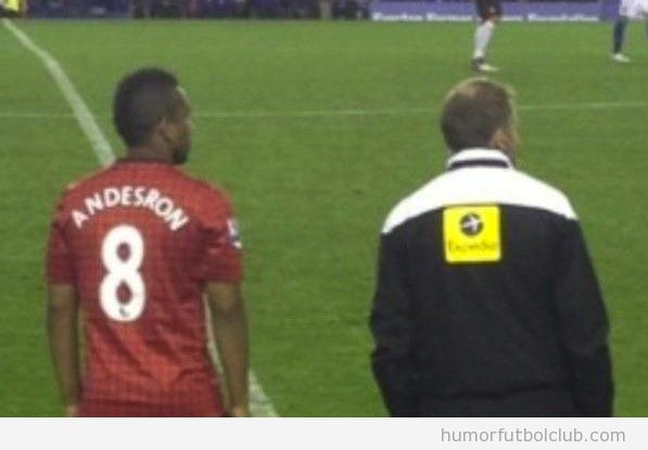 Fallo del Manchester United al escribir Anderson en su camiseta