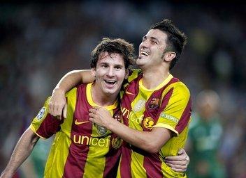 Foto Photoshopeada de Messi y Villa con la segunda camiseta del Barça inspirada en la Senyera de Catalunya