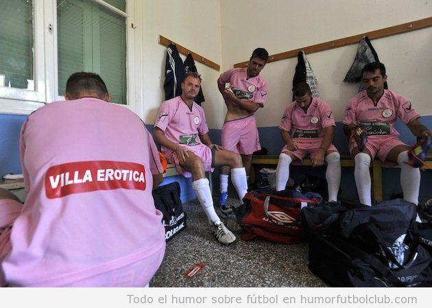un equipo griego lleva como sponsor Villa Erotica, un burdel