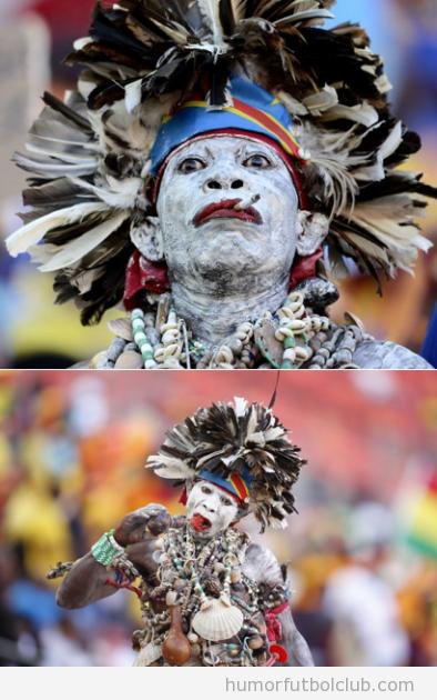 Aficionado Congo tribu africana en la AFCON 2013