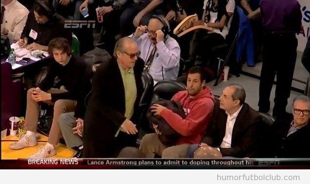 Jack Nicholson se enfada con los Lakers y se va del partido