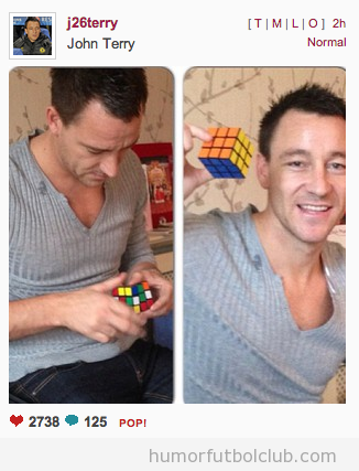 Fotos de John Terry en Instagram solucionando el cubo de Rubik