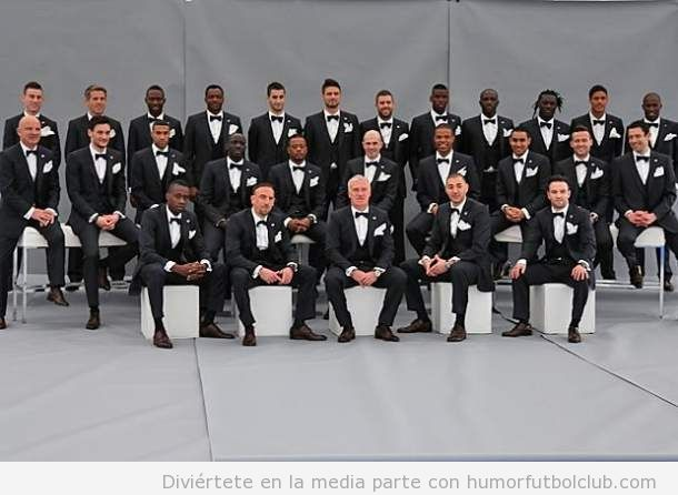 Selección francesa de fútbol vestidos de esmoquin