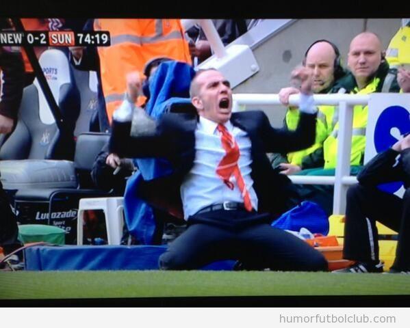 Celebracion de Paolo Di Canio estilo Mourinho en el Sunderland Vs Newcastle
