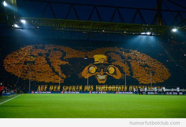 Tifo espectacular de la afición del Borussia Dortmund ante el el Málaga