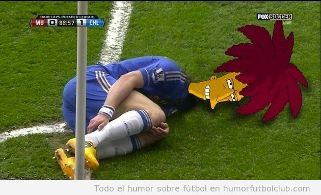 David Luiz fingiendo una falta con cabeza Actor Secundario Bob