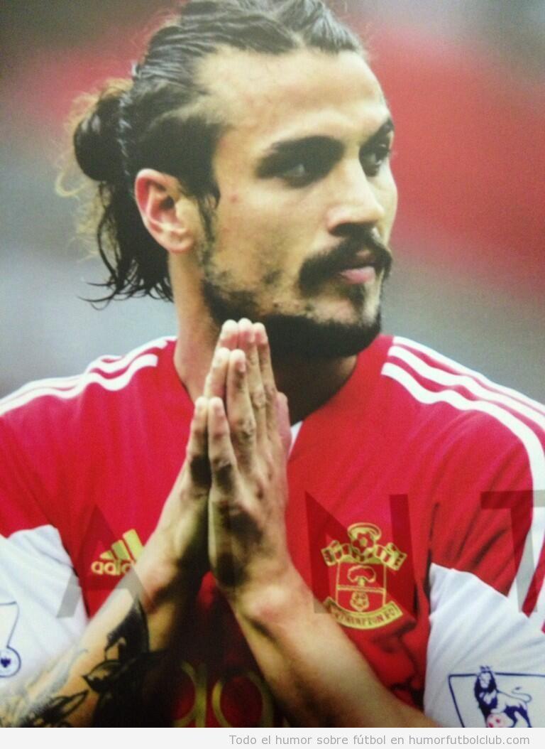 Foto curiosa, el futbolista del Southampton Pabl Osvaldo con un parecido razonable a Johhny Depp