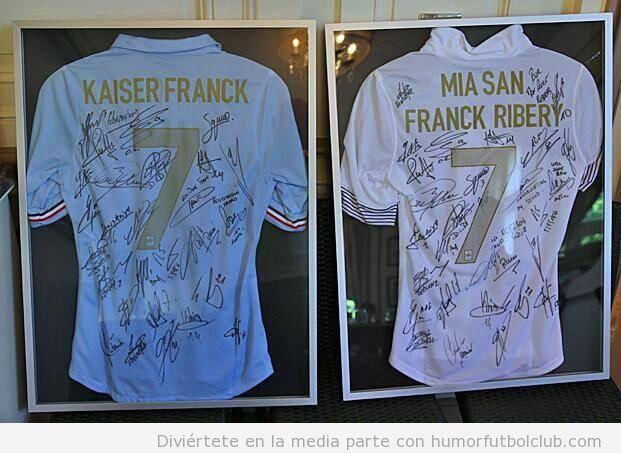 Camisetas de FRancia, regalo para Franck Ribéry después de ganar mejor jugador UEFA