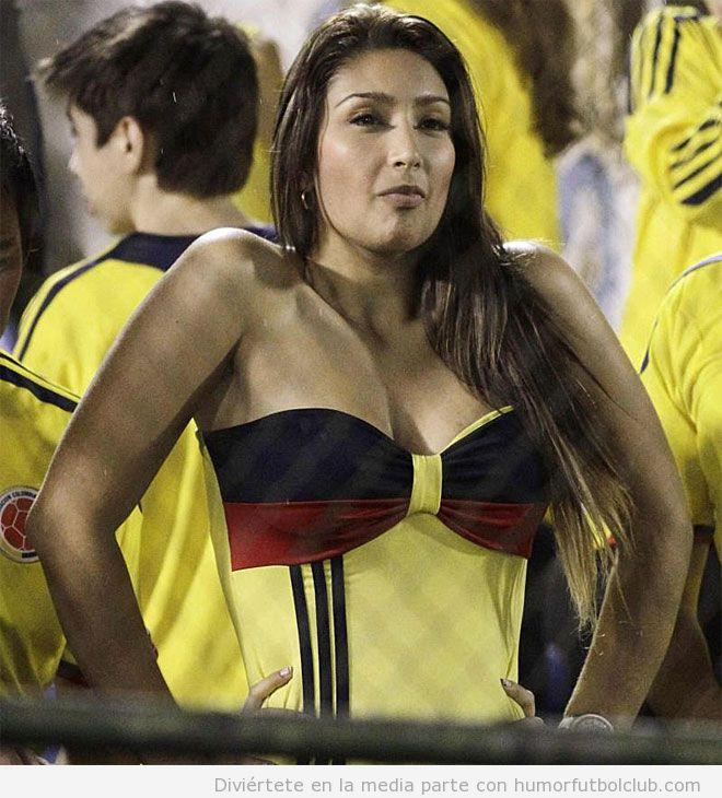 Mujer guapa, aficionada de Colombia, clasificación Mundial Brasil 2014