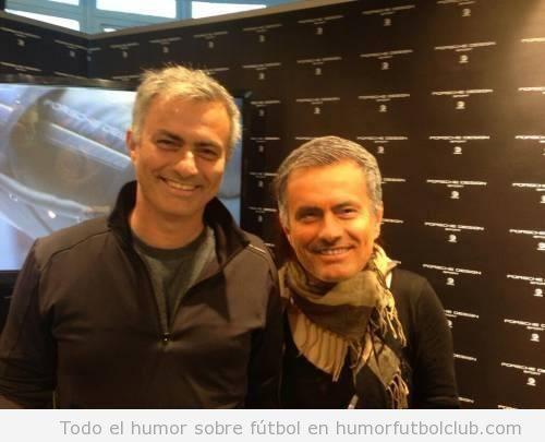 Fotos graciosas, Mourinho posa en una foto con un niño con máscara de Mourinho