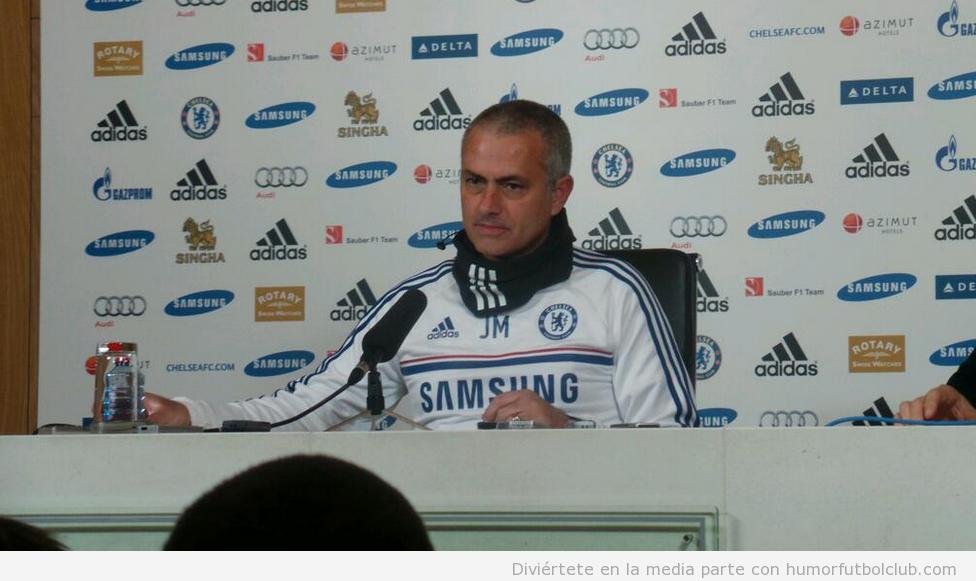 Nuevo peinado Mourinho con el pelo corto